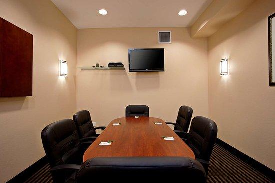 Hawaiian Gardens, CA: Meeting room