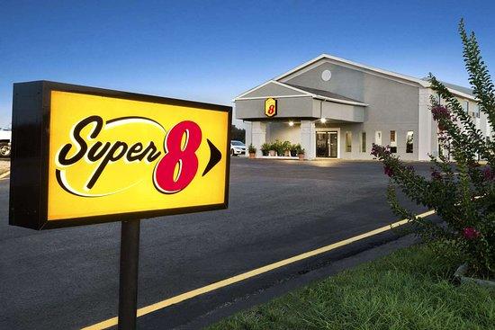 Super 8 by Wyndham Ardmore