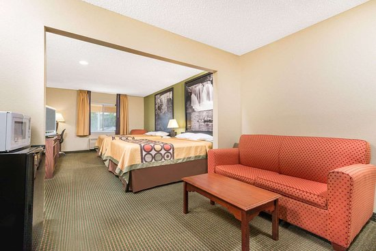 Olney, IL: Guest room
