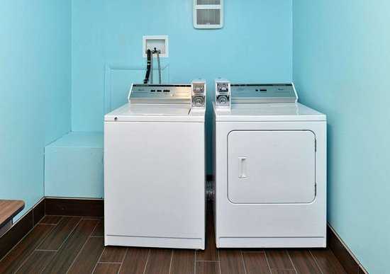 Selinsgrove, PA: Guest laundry facilities