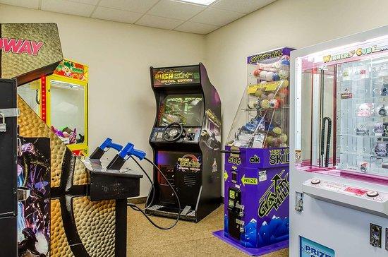 MainStay Suites Grantville - Hershey North: Arcade