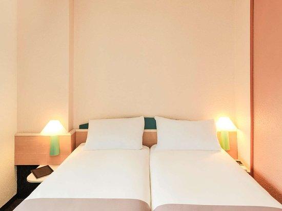 ibis arras centre les places hotel france voir les tarifs et 375 avis. Black Bedroom Furniture Sets. Home Design Ideas
