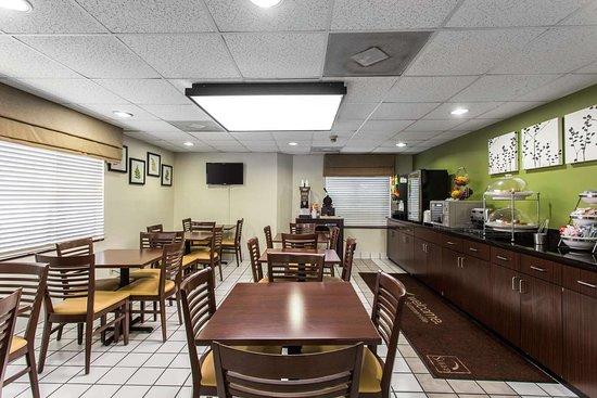 Sleep Inn: Breakfast room