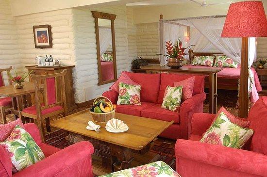Tsavo, Kenya: Suite Lounge