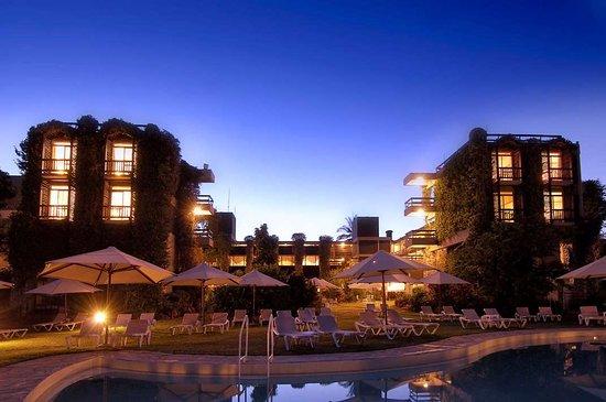 Tsavo, Kenya: Rear Exterior evening