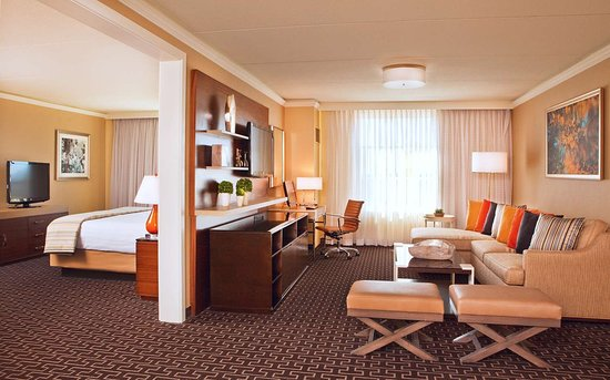 Old Greenwich, CT: Suite