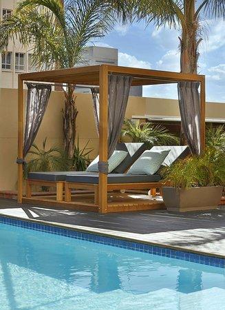 Hilton Cape Town City Centre: Pool