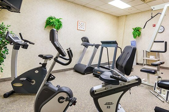 Mission, SD: Fitness center