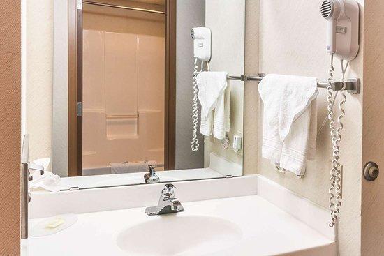 Oconto, WI: Vanity in bathroom