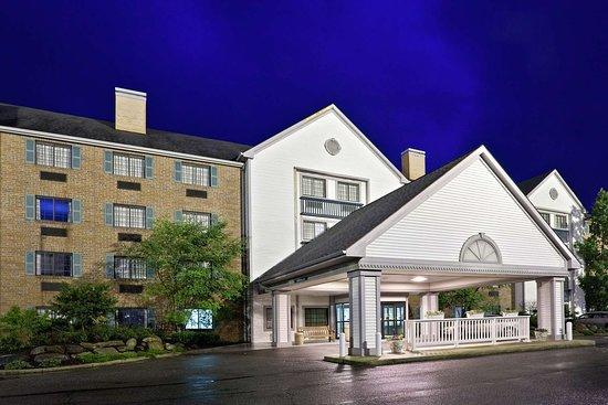 La Quinta Inn & Suites Cleveland Macedonia