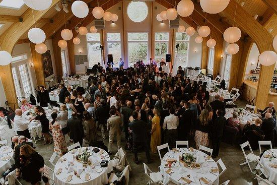 Oliverea, Estado de Nueva York: Inside the new 'Moondance' Pavilion at Full Moon Resort.