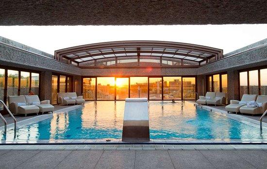 Hilton Madrid Airport: Pool
