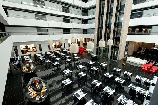 Hilton Madrid Airport: Restaurant