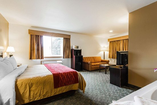 Edgerton, WI: Well-equipped suite