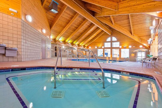 Monmouth, IL : Pool