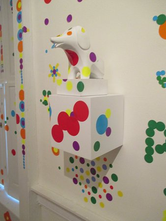 Bellefonte Art Museum: Detail at the Infinity Rom with dots