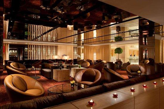 DoubleTree by Hilton Hotel Kuala Lumpur: BarLounge