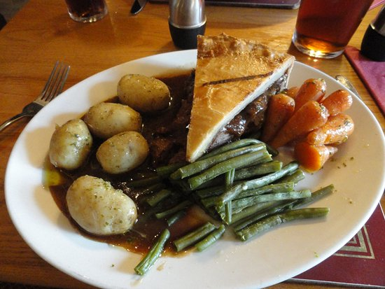 Brent Knoll, UK: Steak pie