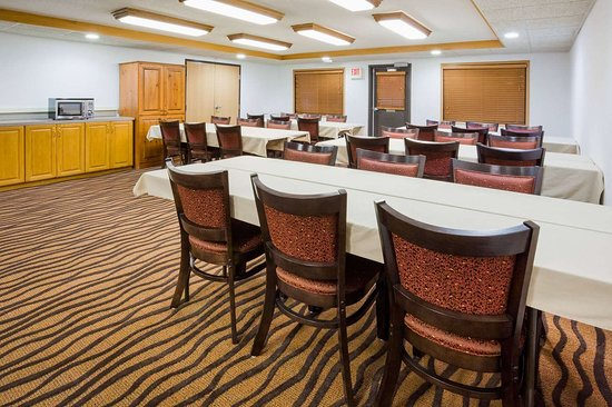Mora, MN: Meeting Room