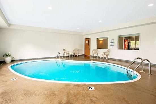 Bonne Terre, MO: Pool