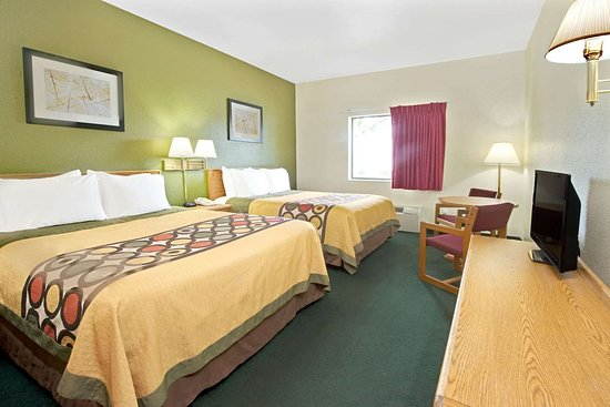 Bonne Terre, MO: 2 Queen Bed Room