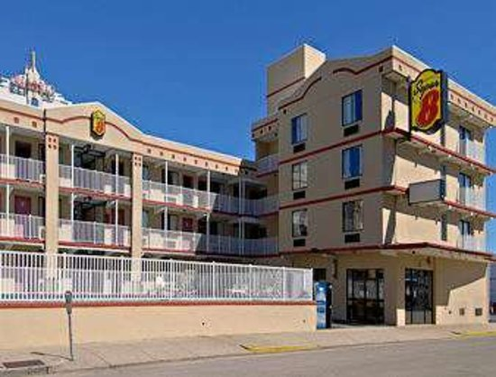 Super 8 by Wyndham Atlantic City, hôtels à Beach Haven