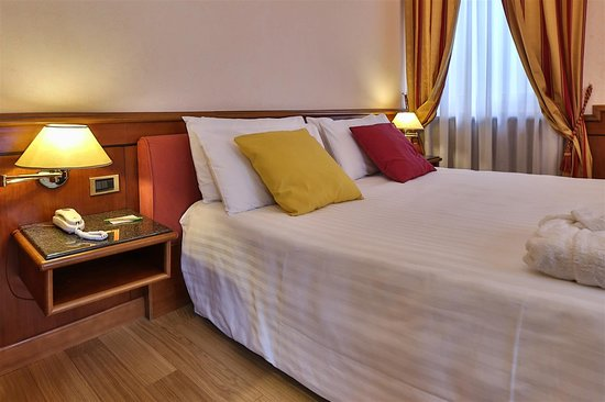 Best Western Hotel Moderno Verdi: Superior Triple Room