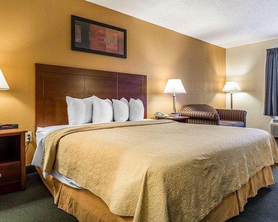 Aiken, ساوث كارولينا: Spacious guest room