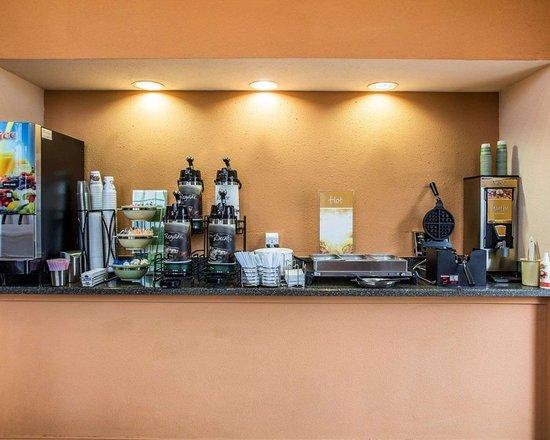 Bennettsville, SC: Breakfast counter
