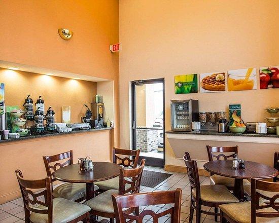 Bennettsville, SC: Spacious breakfast area