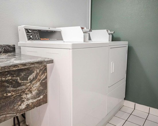 North Vernon, IN: On-site guest laundry room