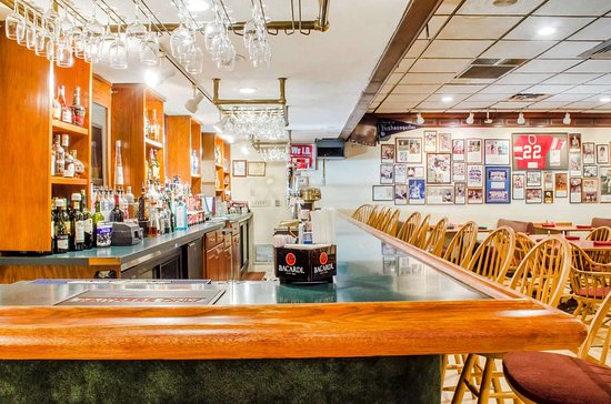 Burnham, PA: Hotel bar