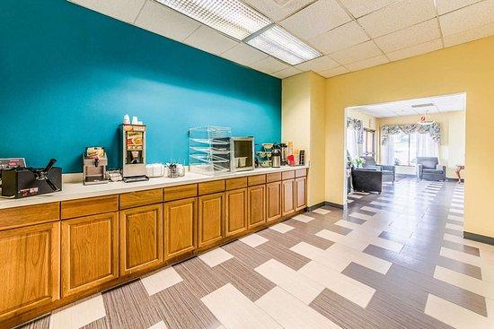 Montgomeryville, PA: Breakfast area
