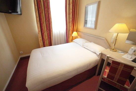 Best Western Hotel Crystal: Guest Room