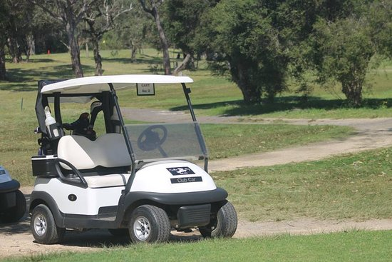 Tanilba Bay Golf Club