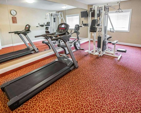 Hebron, IN: Fitness center