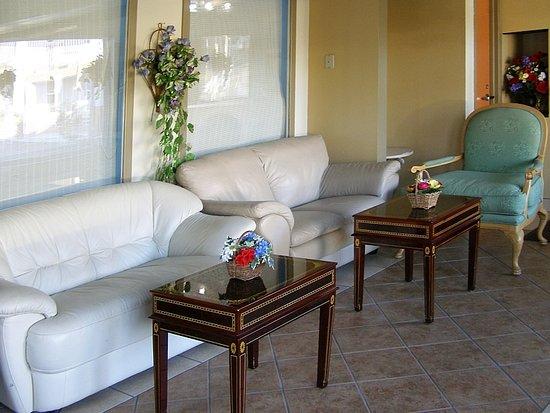 First Western Inn Caseyville IL Lobby