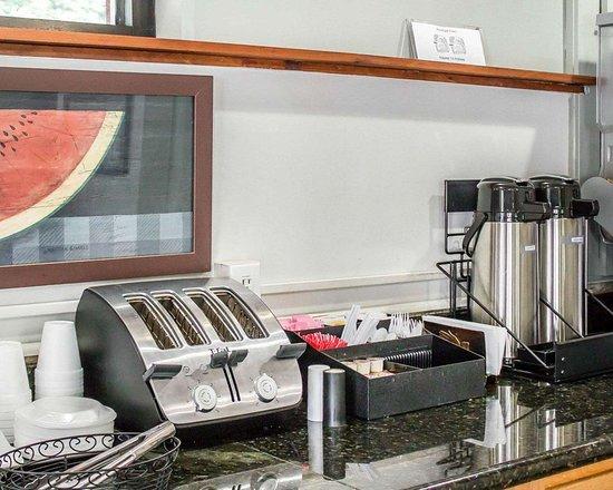 إيكونو لودج كلاركس سوميت: Breakfast area