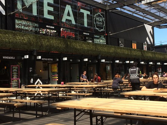 Boxpark Has Little Restaurants All Around The Perimeter And Lots Of
