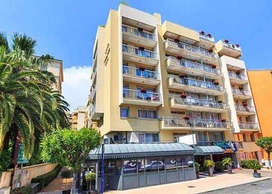 Quality Hotel Mediterran U00e9e  Menton    Voir Les Tarifs  340