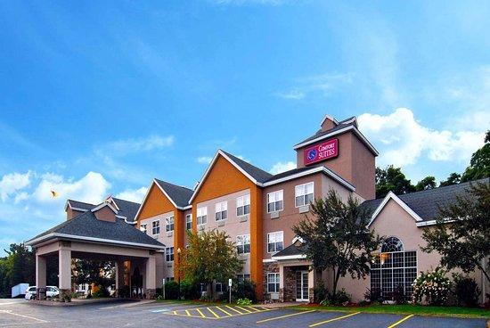 Comfort Suites Marquette: Comfort Suites Hotel in Marquette Michigan