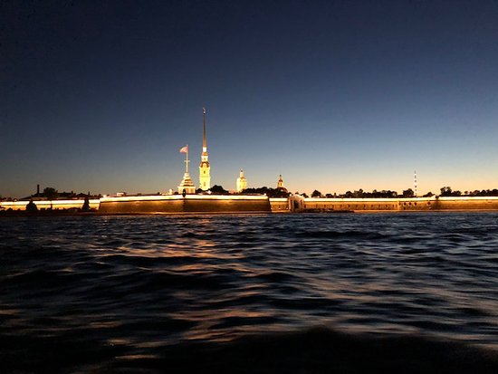Private Tour: St Petersburg Canal Cruise: Peter and Paul Fortress (2am sunset)