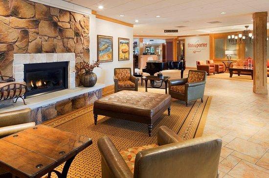 doubletree missoula edgewater 102 1 1 8 updated. Black Bedroom Furniture Sets. Home Design Ideas