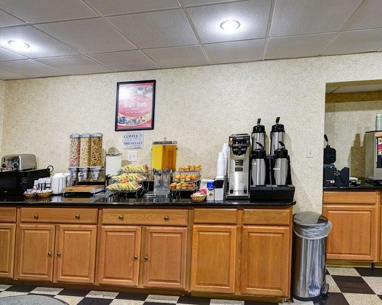 Econo Lodge : Free coffee