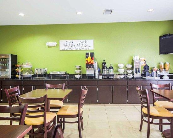 Aiken, ساوث كارولينا: Breakfast area