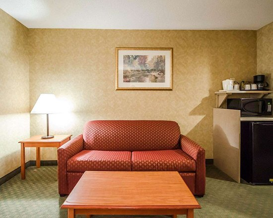 Rockport, IN: Well-equipped suite