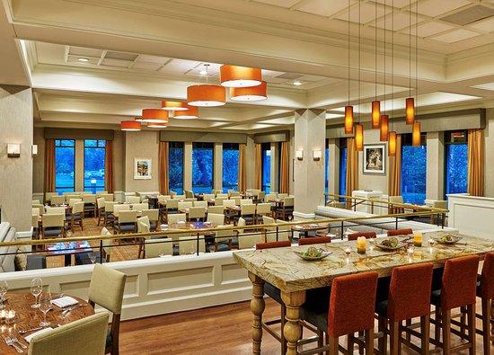 doubletree suites by hilton hotel philadelphia west 107. Black Bedroom Furniture Sets. Home Design Ideas