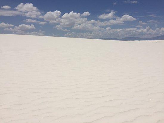 White Sands National Monument: White Sands