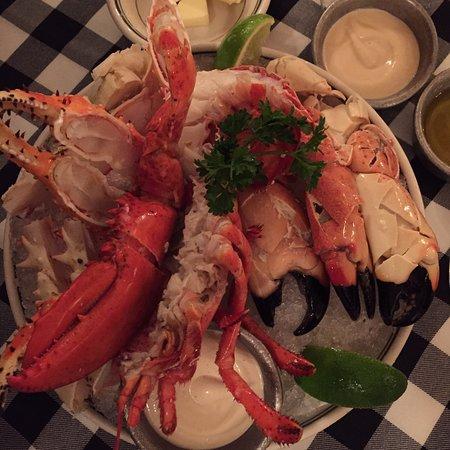 Joe's Stone Crab: photo1.jpg