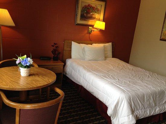 Manchester, نيويورك: Manchester Inn Standard Room Image